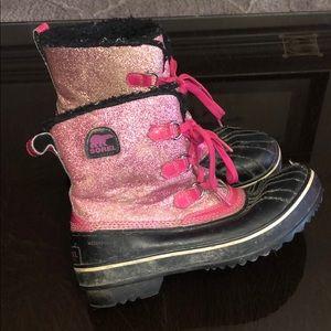 Sorel waterproof boots black /pink Sz 6